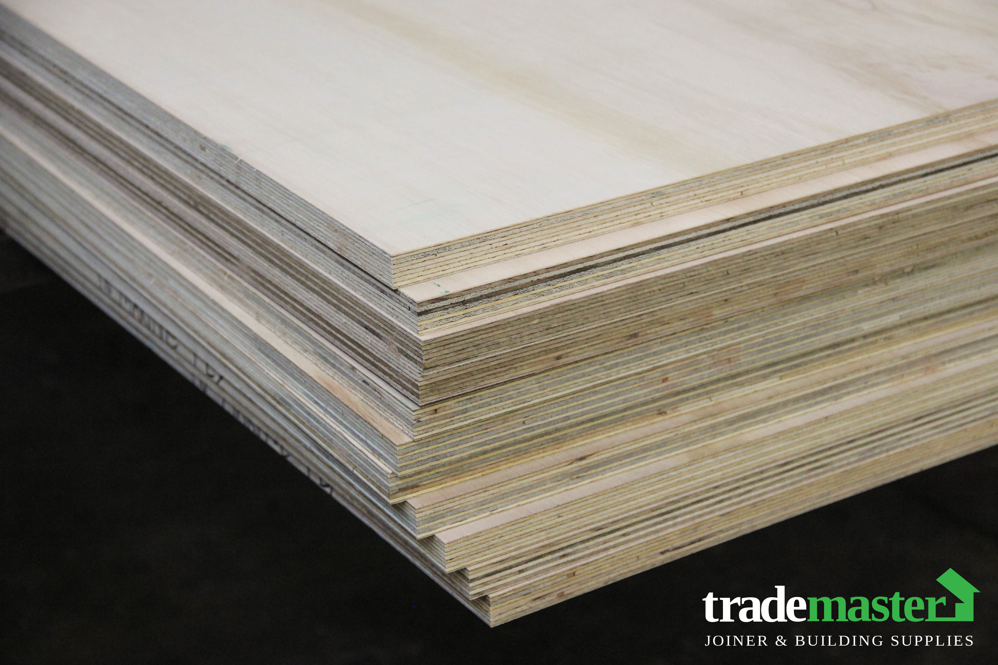 Marine Plywood 2400x1200x18mm Trademaster