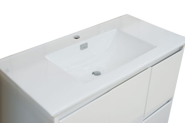 Square Poly Vanity 900mm